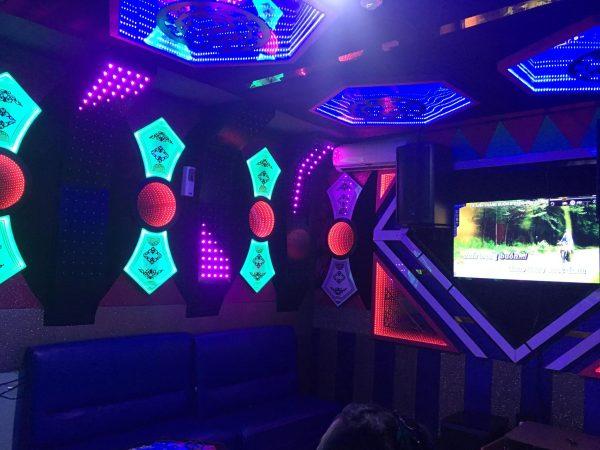 BànGhế Karaoke